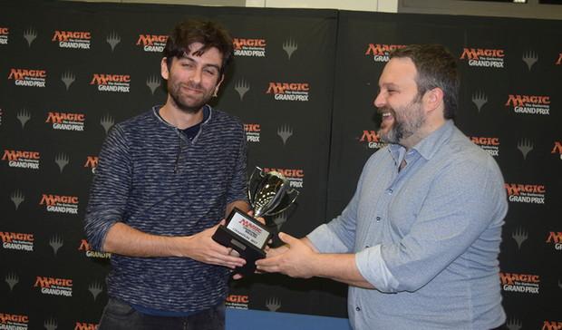 gpbol17_trophy.jpg