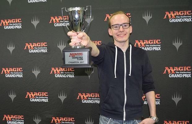 trophy_gptur17_dolar.jpg