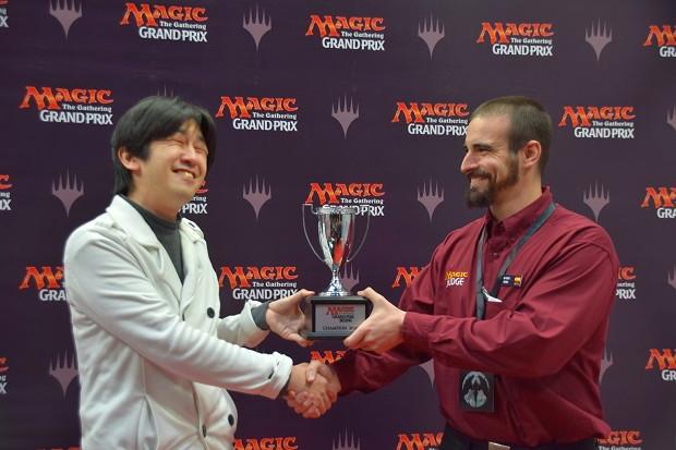 sugaya_trophy.jpg
