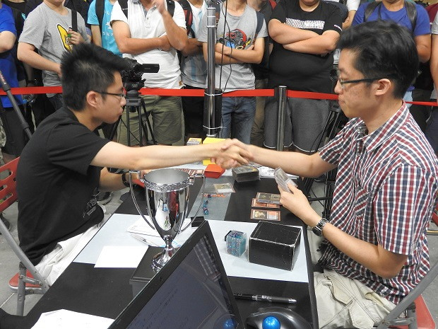 finals_shake_hands.jpg