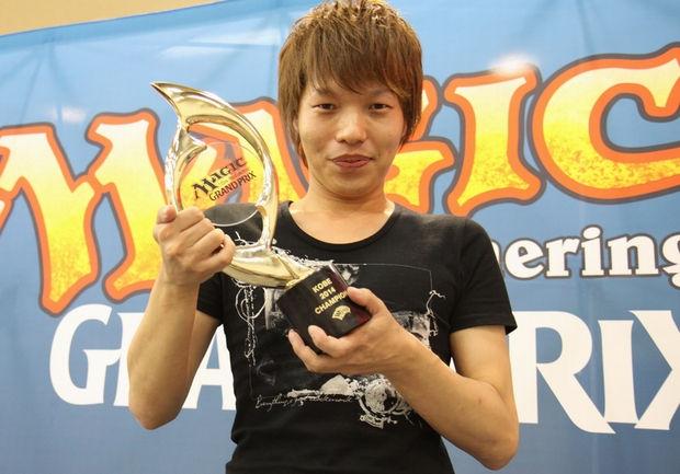 グランプリ・神戸2014優勝 覚前 輝也選手(大阪)