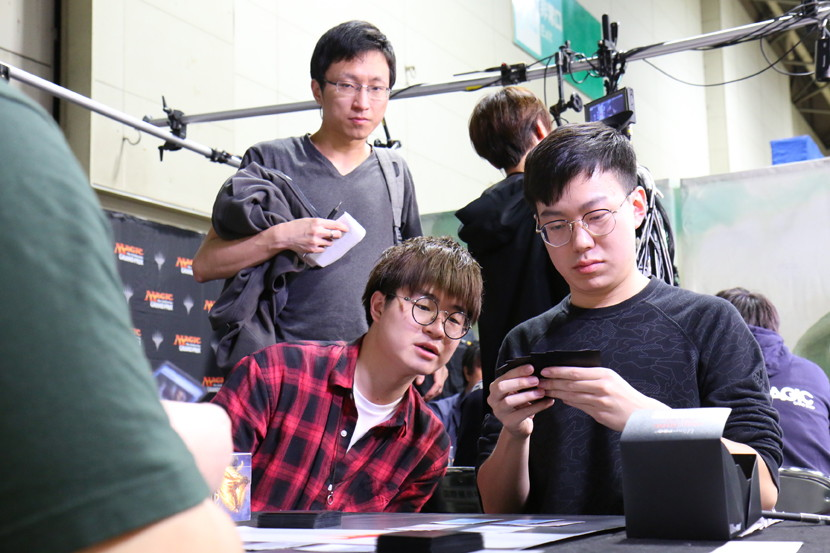 r4_team_wang.jpg