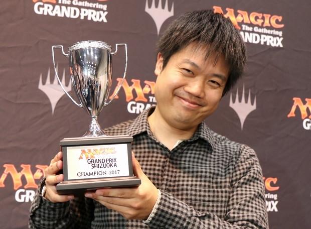 gpshz17s_champion_kirino.jpg