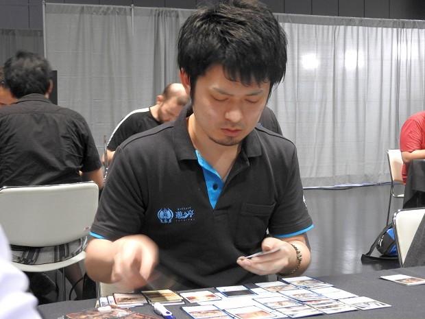 deckbuilding_takao.jpg