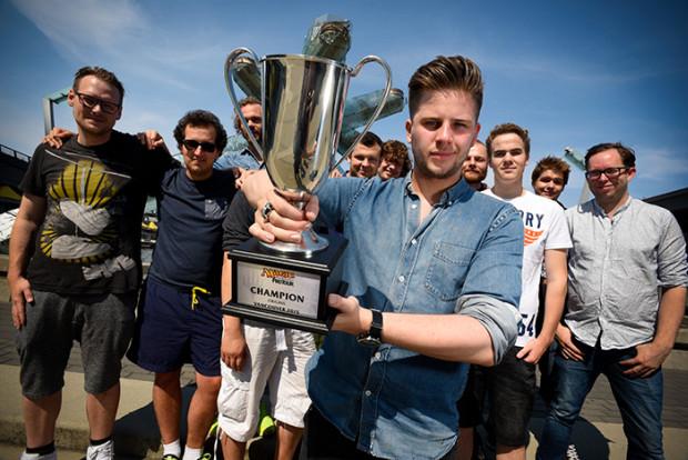ptori_larsson_trophy.jpg