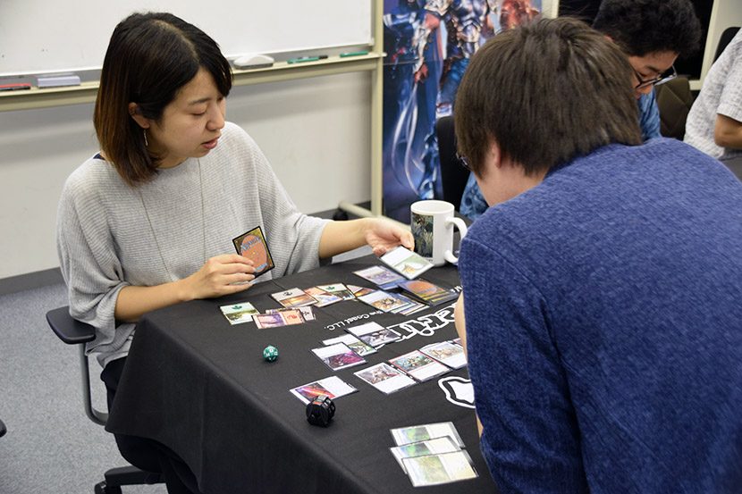 m19_prerelease_playing1.jpg