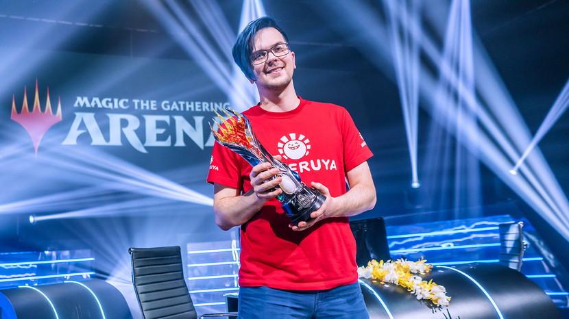 MC7-Piotr-Glogowski-Trophy.jpg
