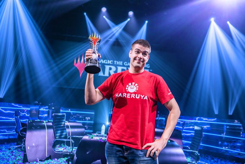 MCV-Javier-Dominguez-Trophy.jpg