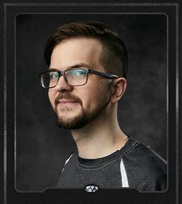 Piotr-Glogowski-Player-Card-Front.png