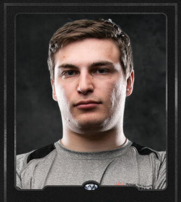Zachary-Kiihne-Player-Card-Front.png